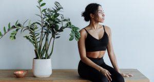 Утренняя зарядка: 5 простых упражнений для бодрости